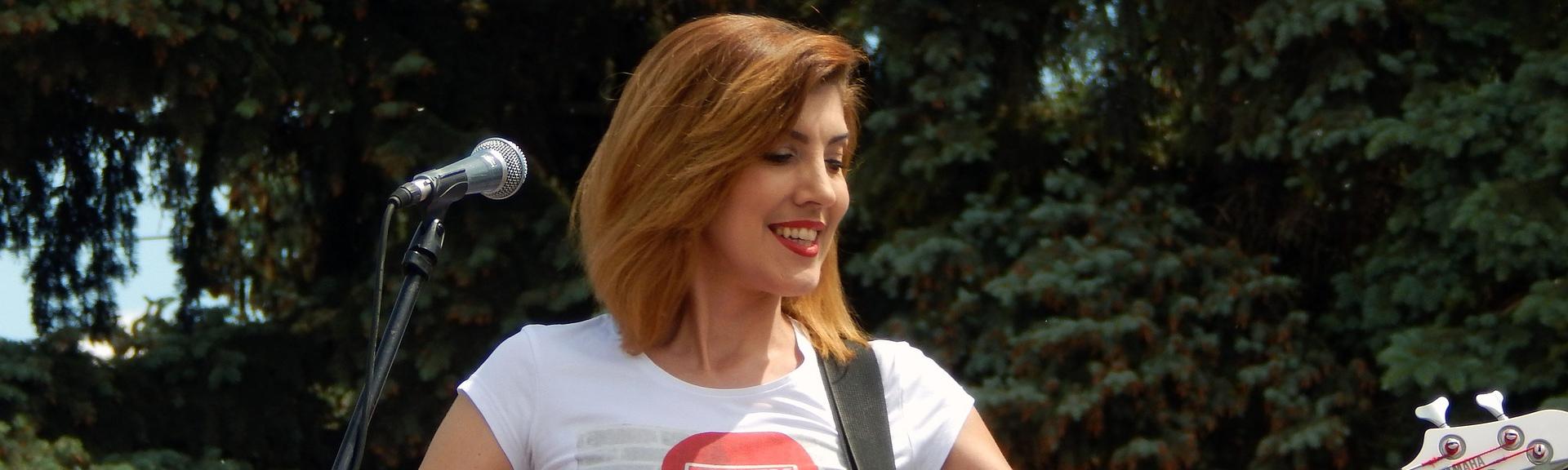 Beliebt Gesangsunterricht - Singen lernen im Zentrum Wiens mit A. Lunatis DD81